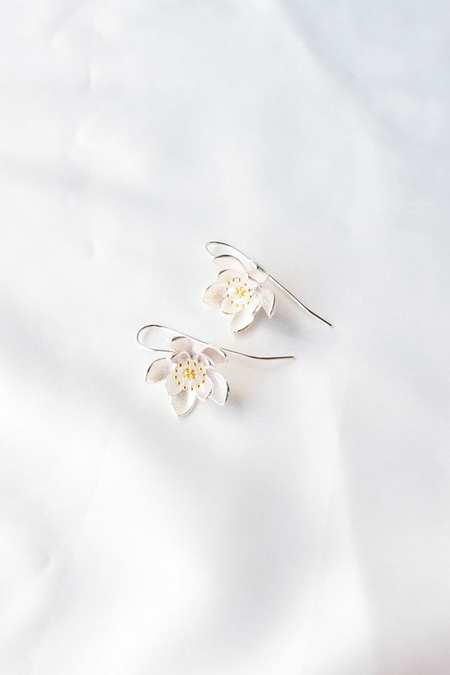 Aquilegia Hook Earrings