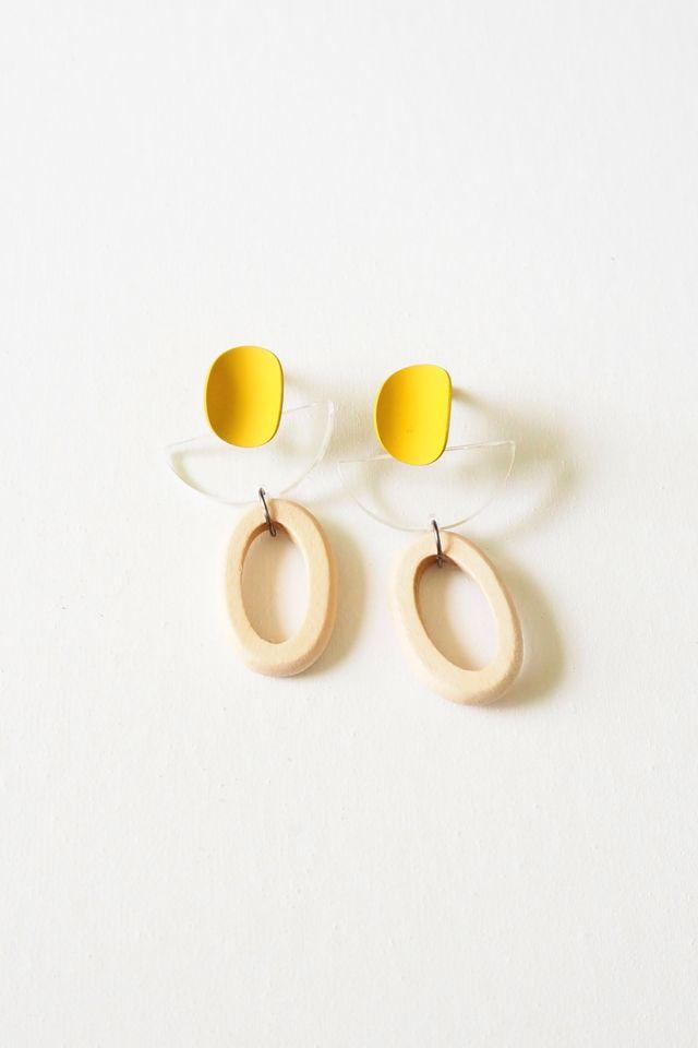 Eris Wood Earstuds (Yellow)