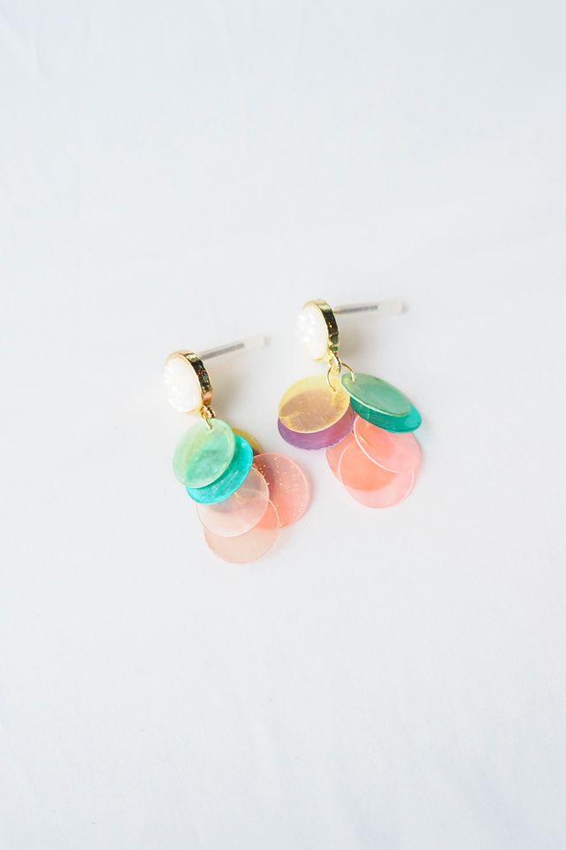 Gradient Layered Shell Earstuds (Rainbow)