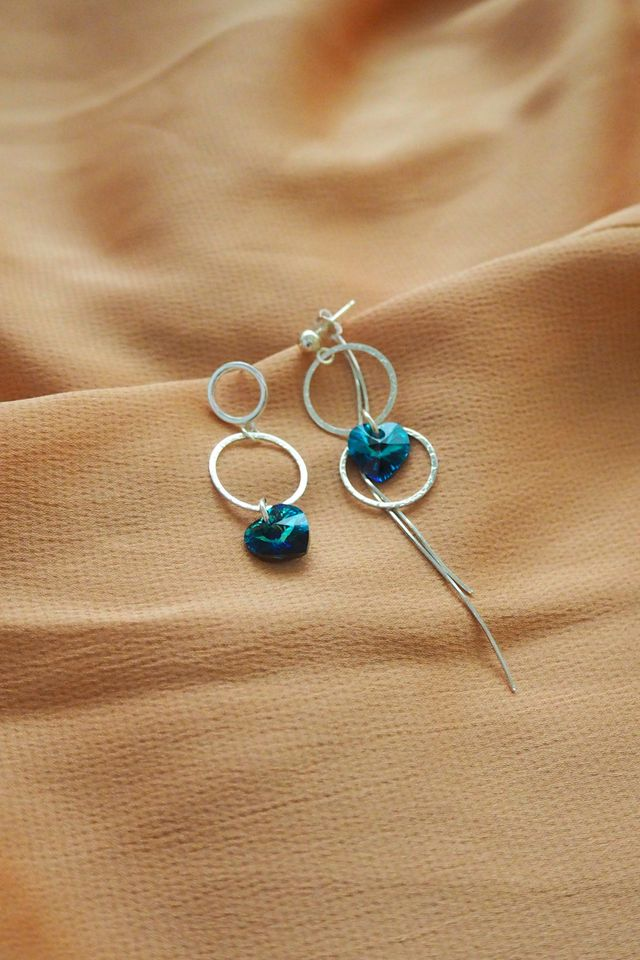 Multi-way Heart Dangle Earstuds