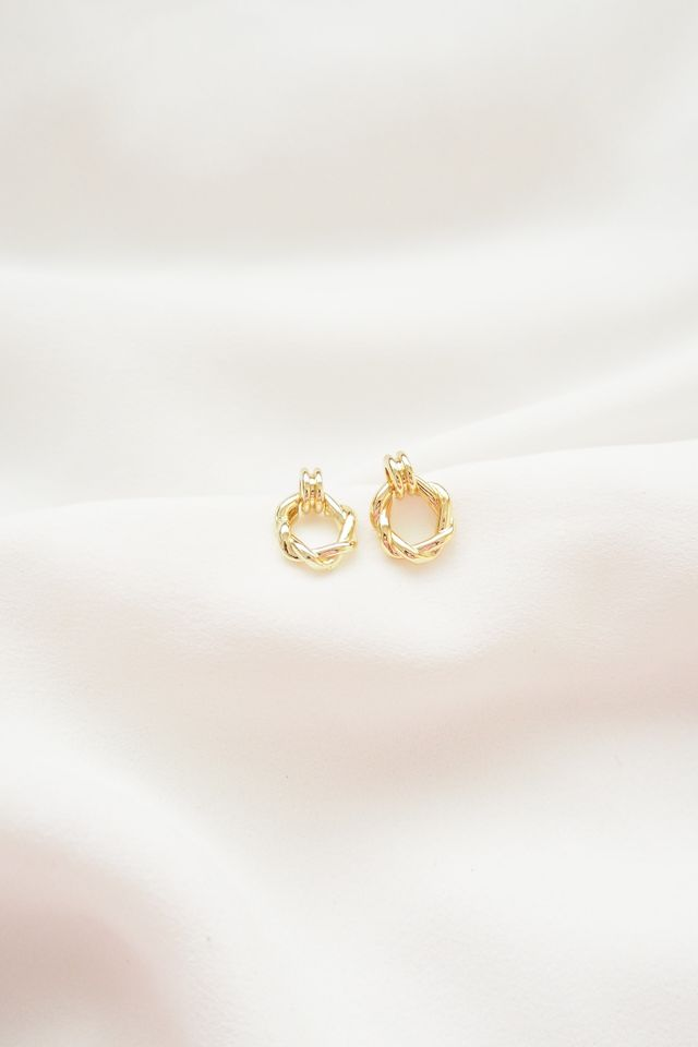 Kira Mini Earstuds in Gold