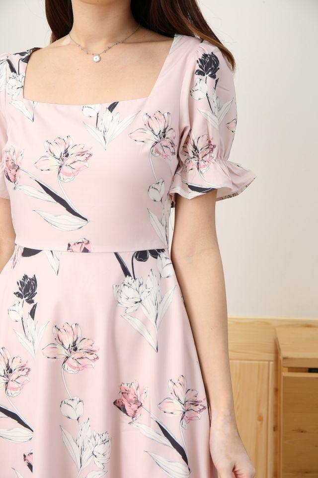 Emma Floral Midi in Pink [XS/XL]