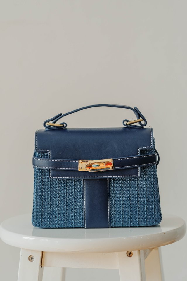 Weave Bag in Navy
