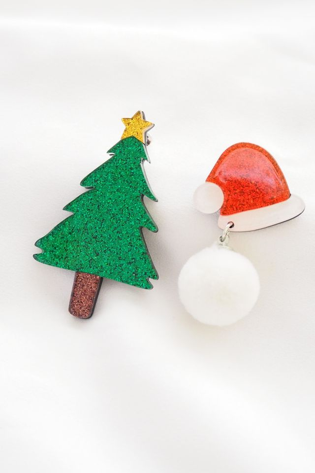 Mismatched Christmas Earstuds