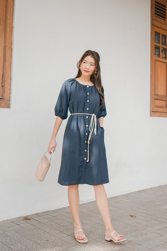 Lis Two Way Dress in Navy