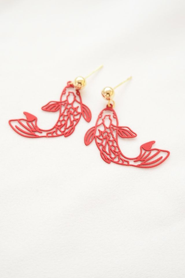Koi Earstuds in Red