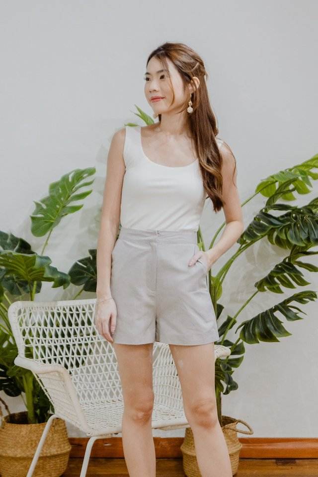 Basic Linen Shorts in Grey