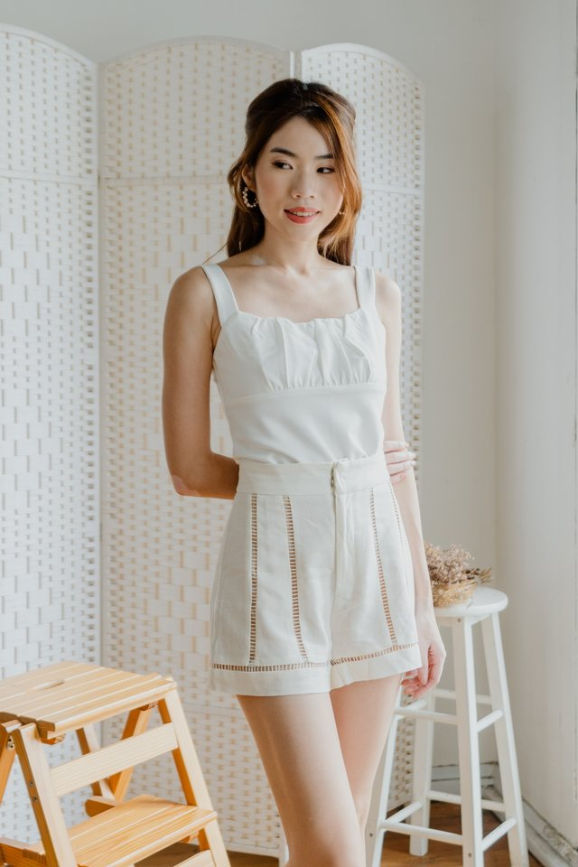 Basic Ruched Top in White