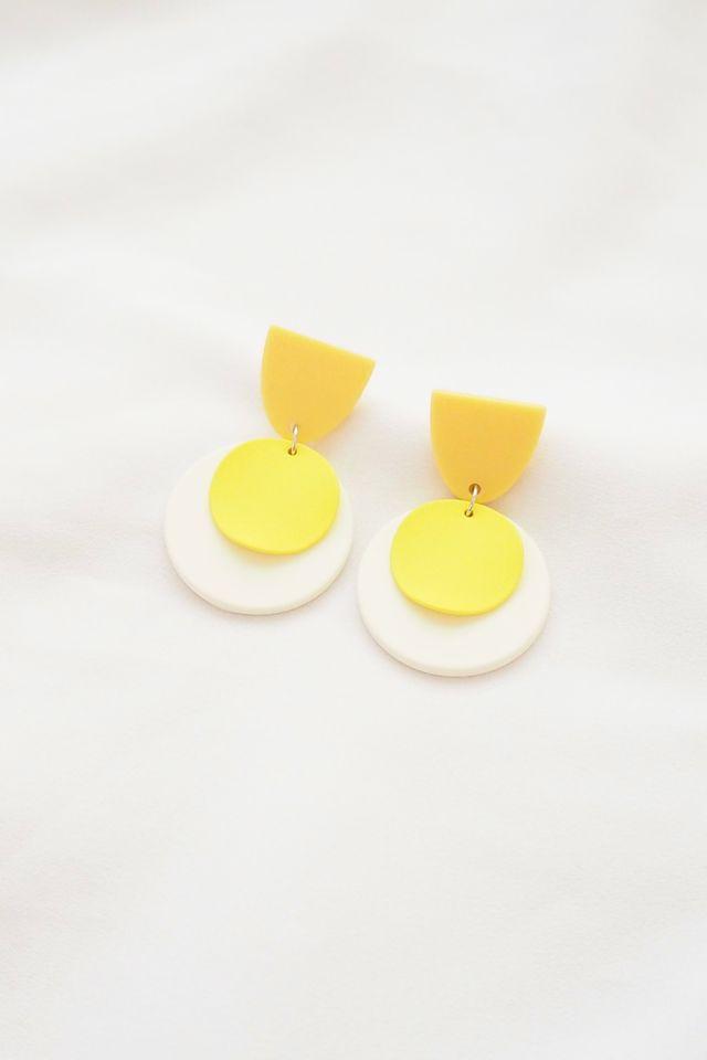 Egglet Earstuds