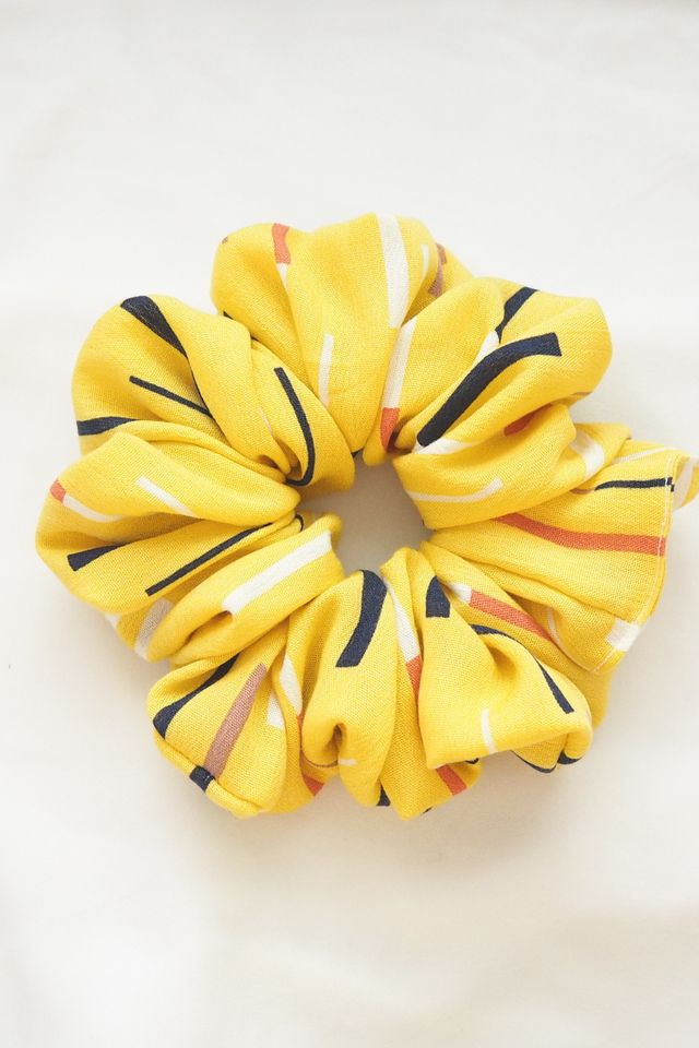 Large Fluffy Scrunchie in Yellow Strokes