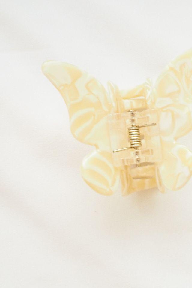 Medium Butterfly Clip in Cream