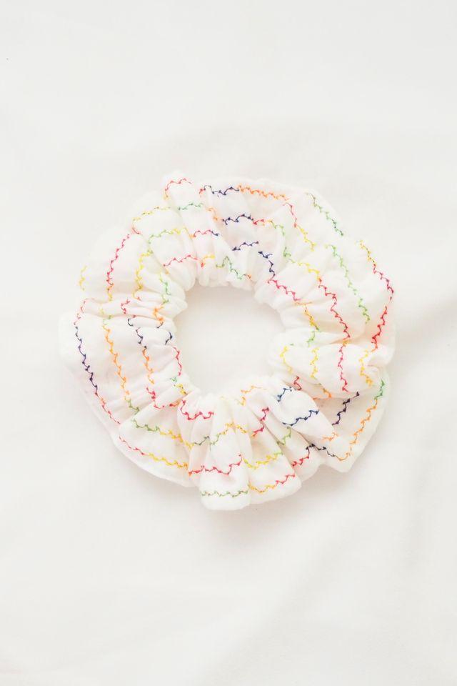 Scrunchie in Rainbow Thread